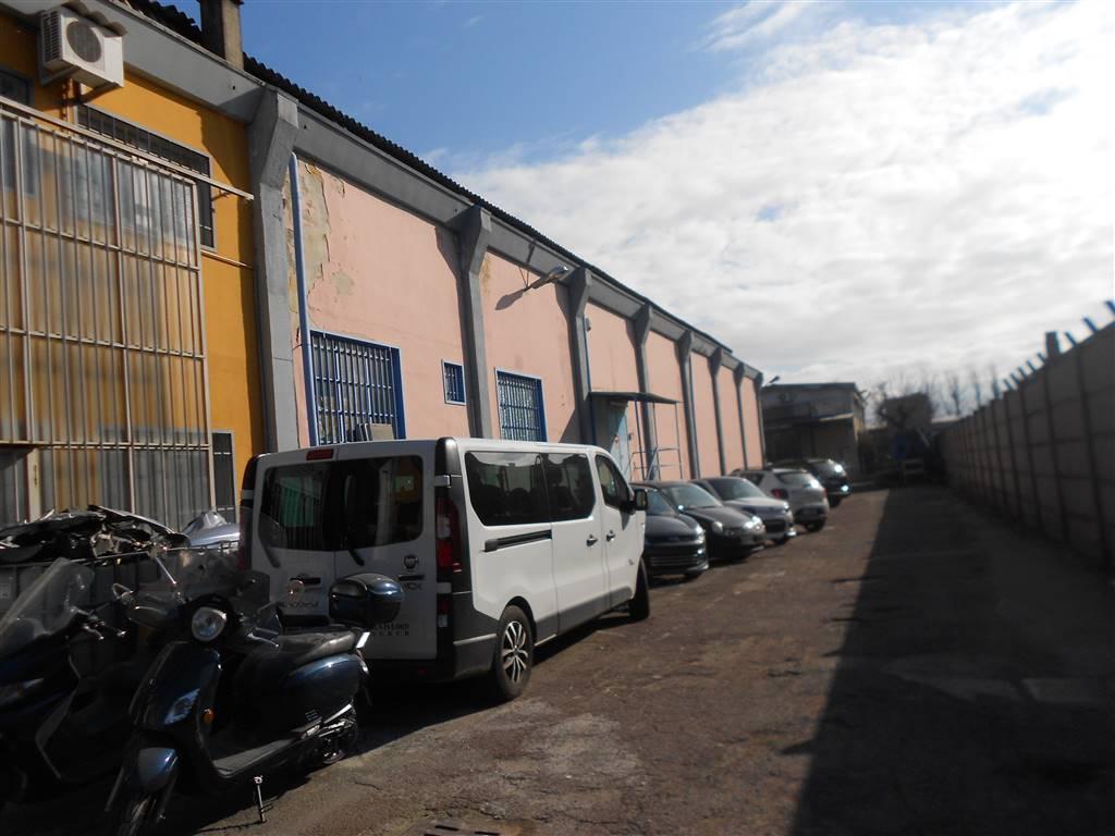 Capannone in vendita a Trezzano sul Naviglio, 9999 locali, prezzo € 350.000 | PortaleAgenzieImmobiliari.it