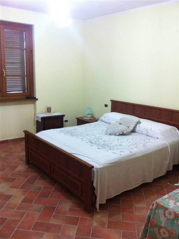 Affitto appartamento indipendente via rancole valtopina for Affitto appartamento arredato foligno