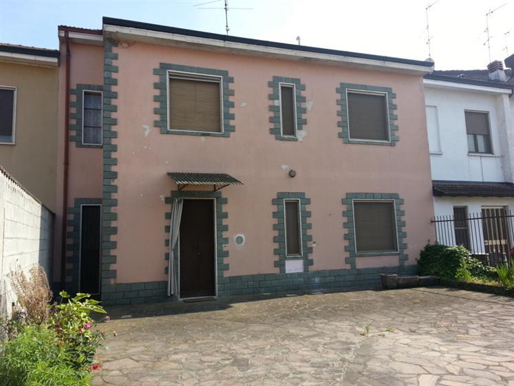 Casa semi indipendente in Via Fratelli Cervi 15, Motta Vigana, Massalengo