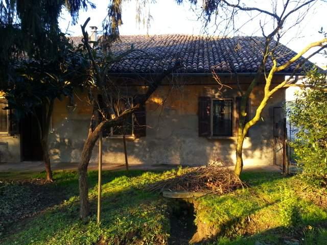Rustico casale in Via Garibaldi 2/4, Turano Lodigiano