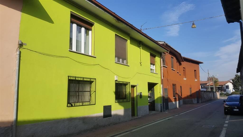 Casa semi indipendente in Via Iv Novembre 3-5-7-9-11, Cornegliano Laudense