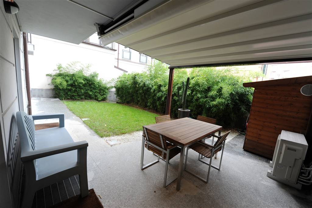 SEMICENTRO, LODI, Apartment for sale, Good condition, Heating Individual heating system, Energetic class: E, Epi: 196,49 kwh/m2 year, placed at