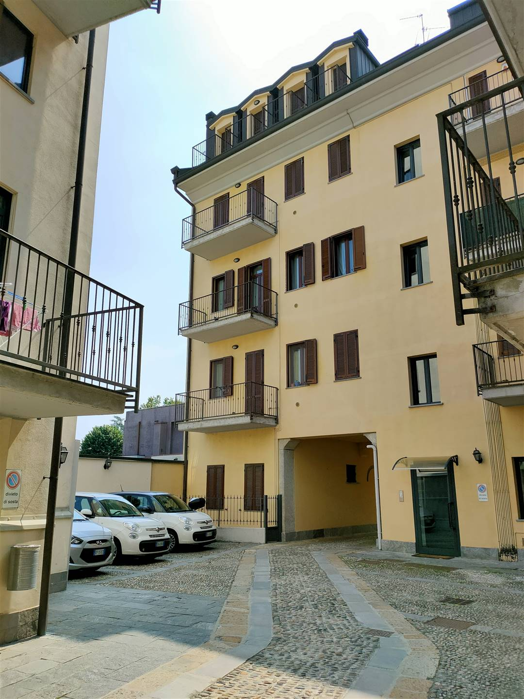 SEMICENTRO, LODI, Apartment for sale, Good condition, Energetic class: D, placed at 2° on 4, composed by: 2 Rooms, Show cooking, , 1 Bedroom, 1