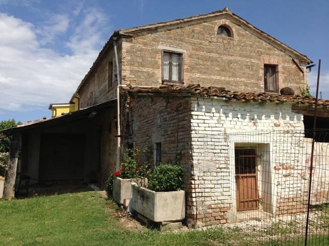 Rustico casale, San Paolo Di Jesi, da ristrutturare