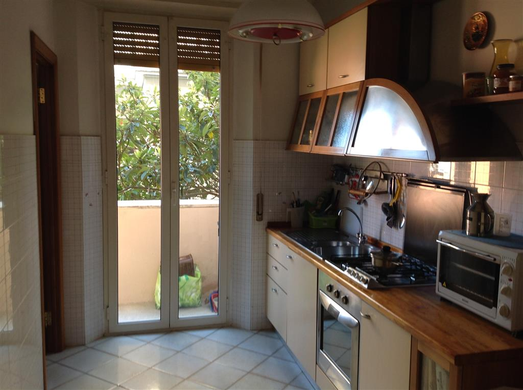 Appartamento in Via Oslavia  6, Centro, Ancona