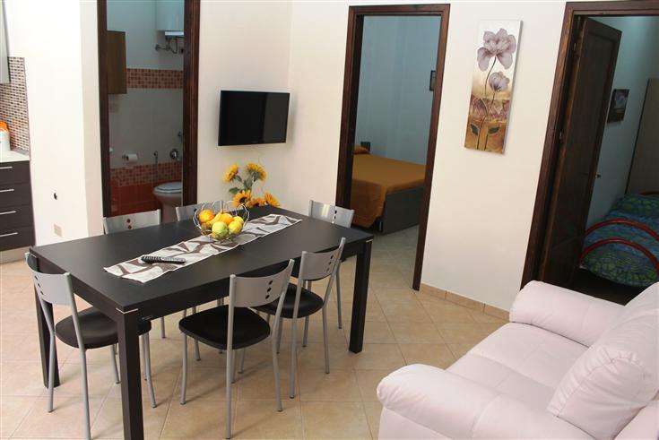 Soluzione Indipendente in affitto a Balestrate, 4 locali, zona Località: BALESTRATE, prezzo € 350 | PortaleAgenzieImmobiliari.it