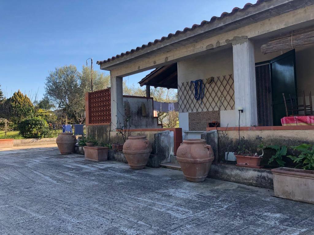 Villa, Balestrate, abitabile
