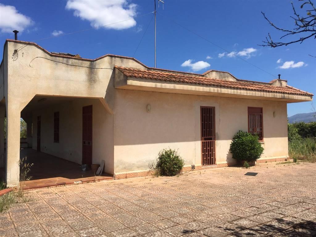 Villa in vendita a Partinico, 5 locali, prezzo € 195.000 | CambioCasa.it