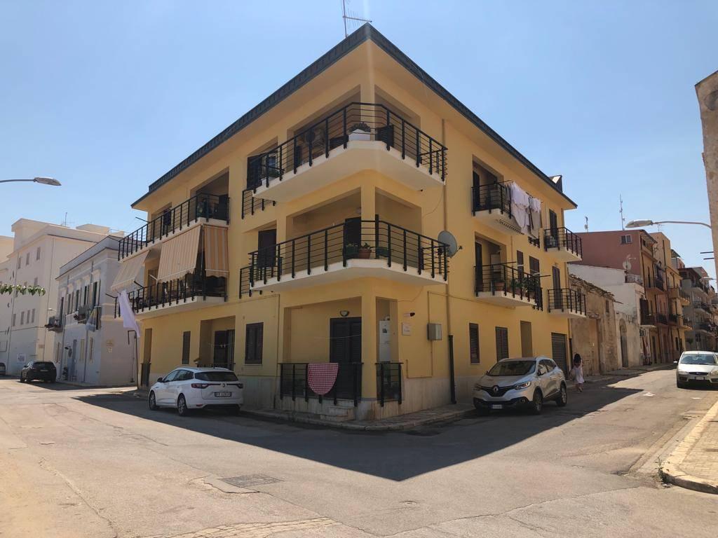 Appartamento in vendita a Balestrate, 3 locali, zona Località: BALESTRATE, prezzo € 53.000 | CambioCasa.it