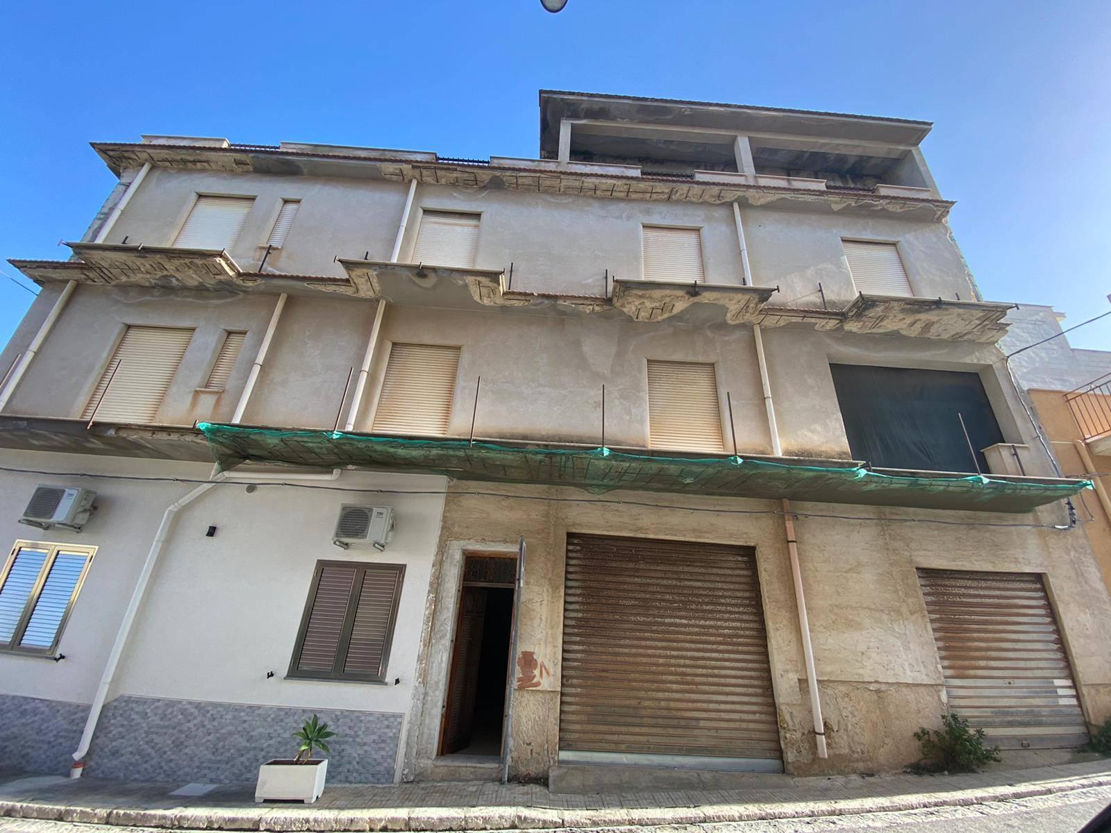 Appartamento in vendita a Balestrate, 3 locali, zona Località: BALESTRATE, prezzo € 45.000 | PortaleAgenzieImmobiliari.it