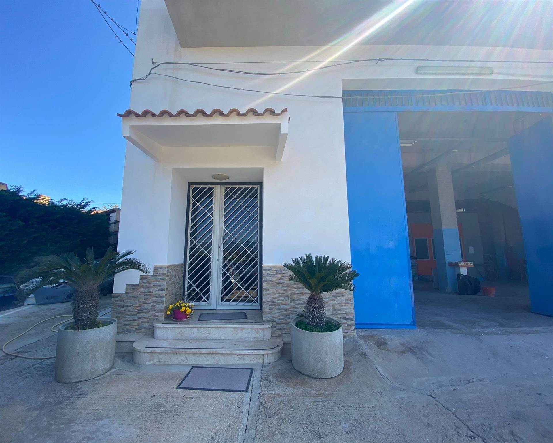 Appartamento in vendita a Balestrate, 7 locali, prezzo € 235.000 | PortaleAgenzieImmobiliari.it