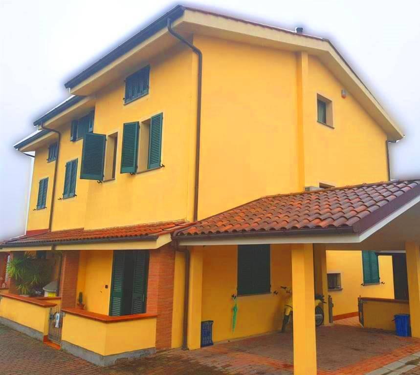 Villa a schieraaPORCARI