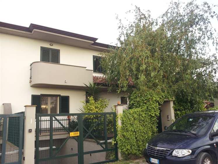 Villa a schiera, Borgo Sabotino, Latina, abitabile