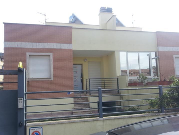 Villa a schiera, Centro Storico, Latina, in nuova costruzione