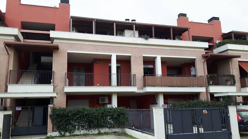 Appartamento in vendita a Latina, 4 locali, zona Zona: Borgo Santa Maria, prezzo € 149.000 | CambioCasa.it