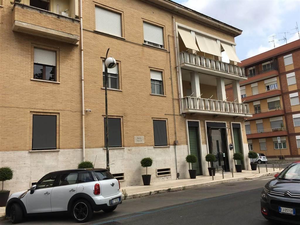 Monolocali a latina in vendita e affitto for Appartamento affitto aprilia arredato