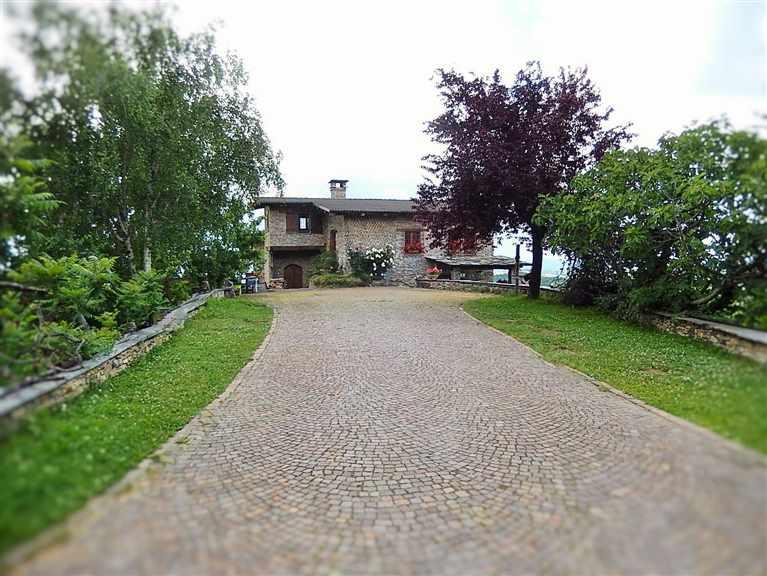 Villa in vendita a mondovi 39 cuneo rif 6566rv80826 for Affitto cuneo arredato