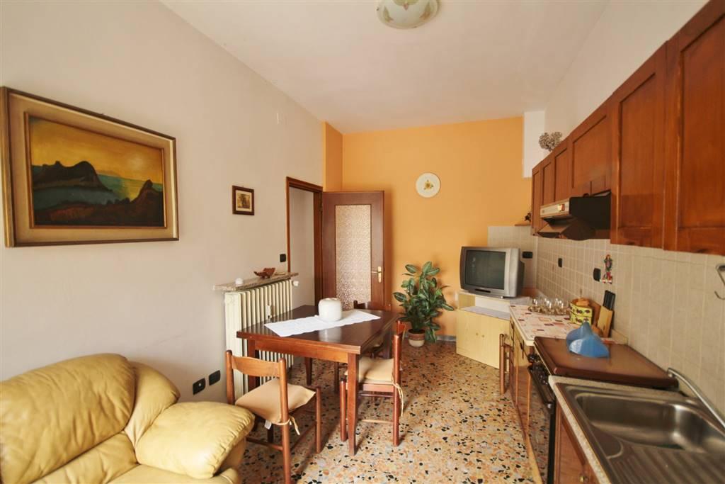Bilocale in Via Morozzo Della Rocca, Mondovi'