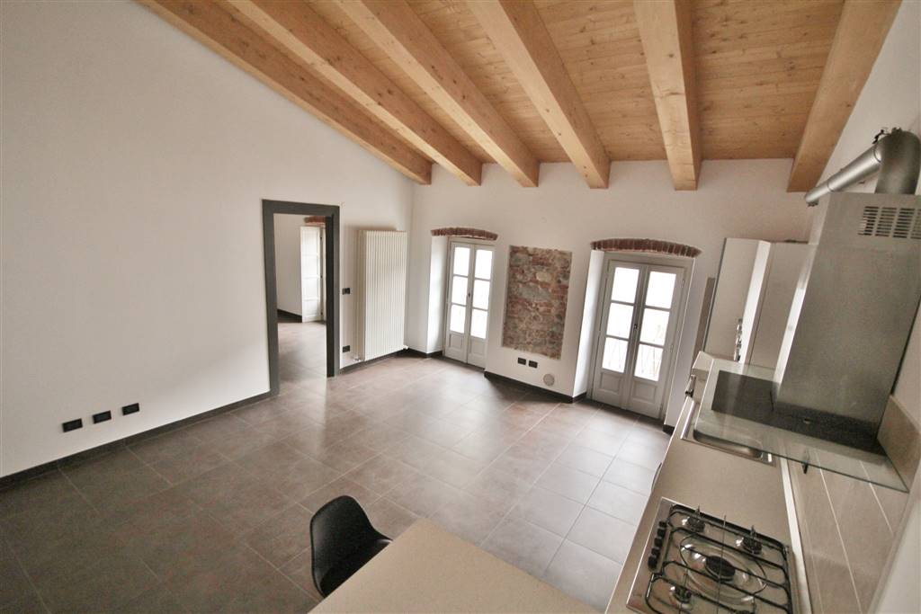 Bilocale in Via Savigliano  8, Centro Storico, Cuneo