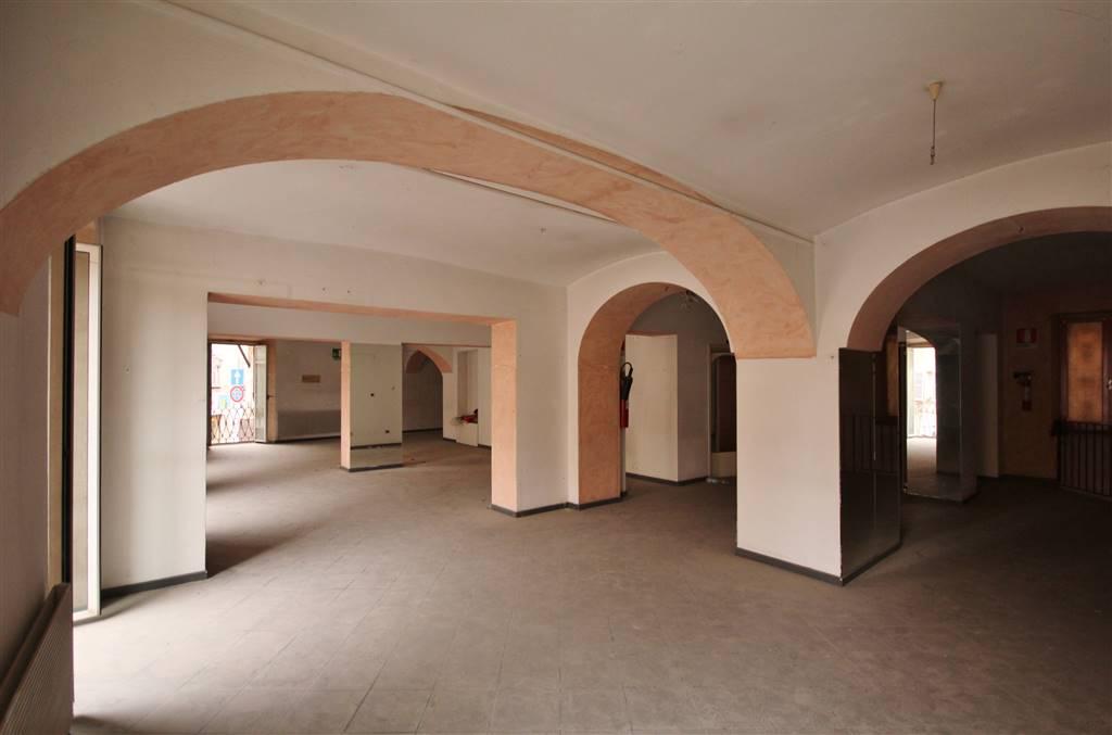 Negozio / Locale in affitto a Mondovì, 3 locali, zona Località: BREO, prezzo € 1.500 | PortaleAgenzieImmobiliari.it