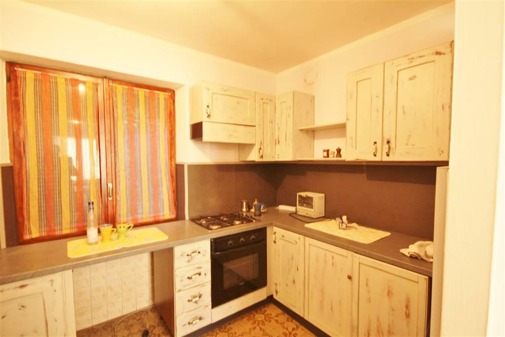 Rustico / Casale in vendita a Farigliano, 5 locali, prezzo € 180.000 | PortaleAgenzieImmobiliari.it