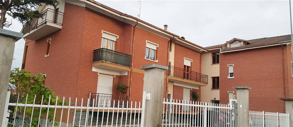 BENE VAGIENNA, Apartment for sale of 100 Sq. mt., Good condition, Heating Centralized, Energetic class: G, placed at 2° on 2, composed by: 3 Rooms,