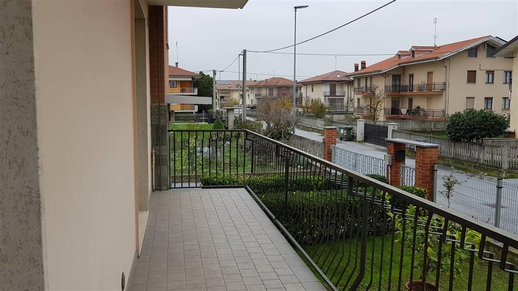 Balcone fronte strada