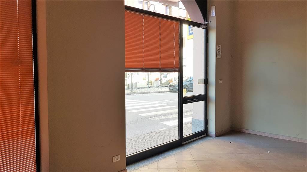 Attività / Licenza in affitto a Borgo San Dalmazzo, 1 locali, prezzo € 400   PortaleAgenzieImmobiliari.it