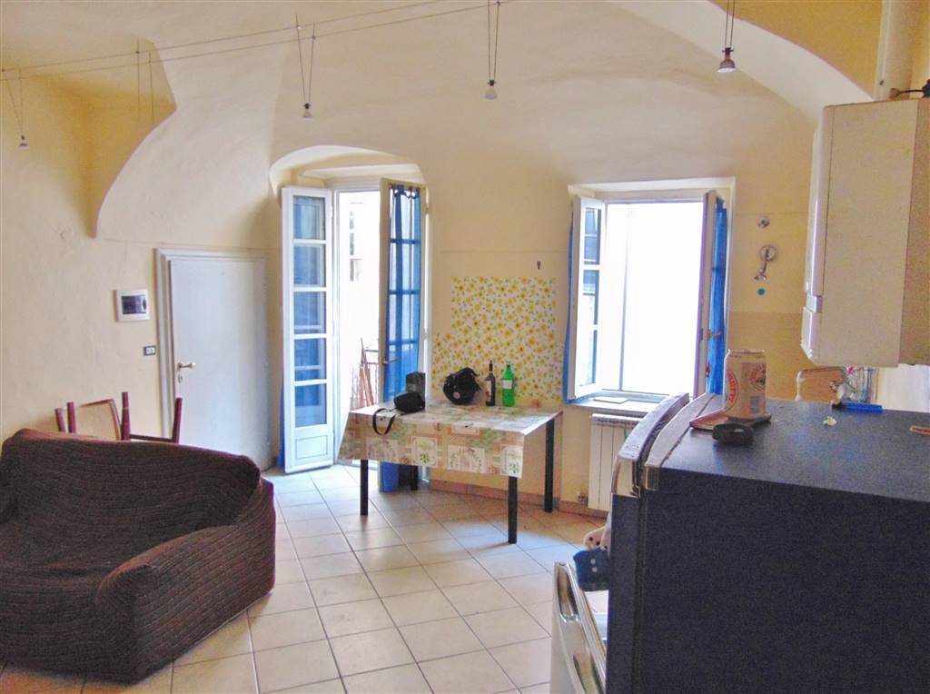 CENTRO STORICO, CUNEO, Apartment for rent of 55 Sq. mt., Habitable, Heating Individual heating system, Energetic class: E, Epi: 300 kwh/m2 year,