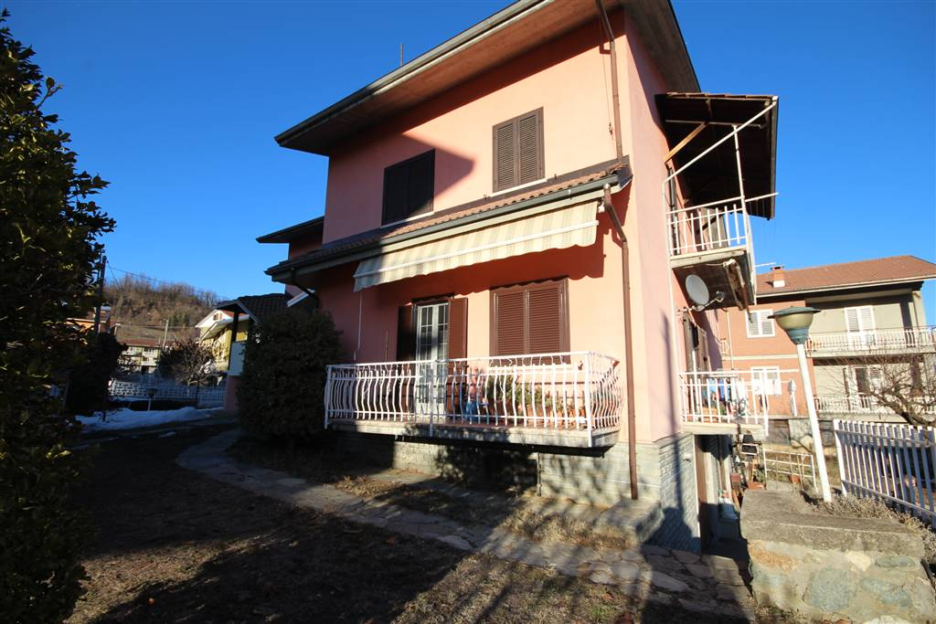 SAN MICHELE MONDOVI', Independent Apartment for rent of 160 Sq. mt., Habitable, Heating Individual heating system, Energetic class: F, placed at 1°,