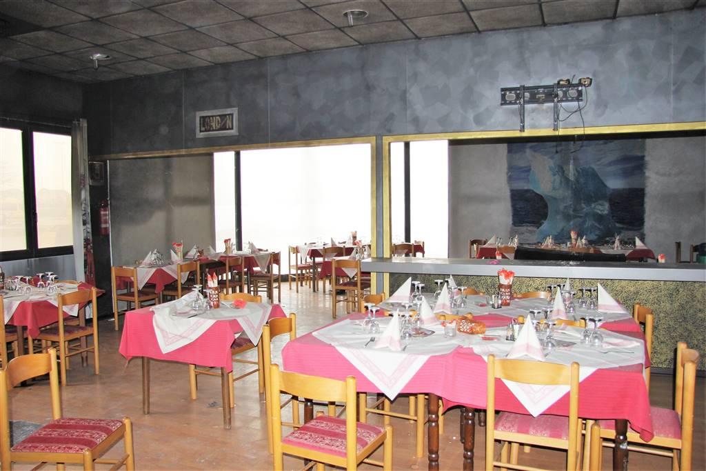 Ristorante / Pizzeria / Trattoria in affitto a Castelletto Stura, 5 locali, Trattative riservate | PortaleAgenzieImmobiliari.it