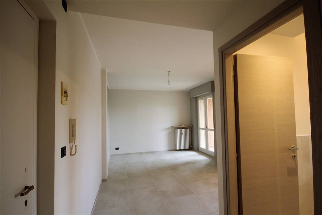 BOVES, Apartment for rent of 55 Sq. mt., Excellent Condition, Heating Centralized, Energetic class: E, placed at Raised, composed by: 2 Rooms,