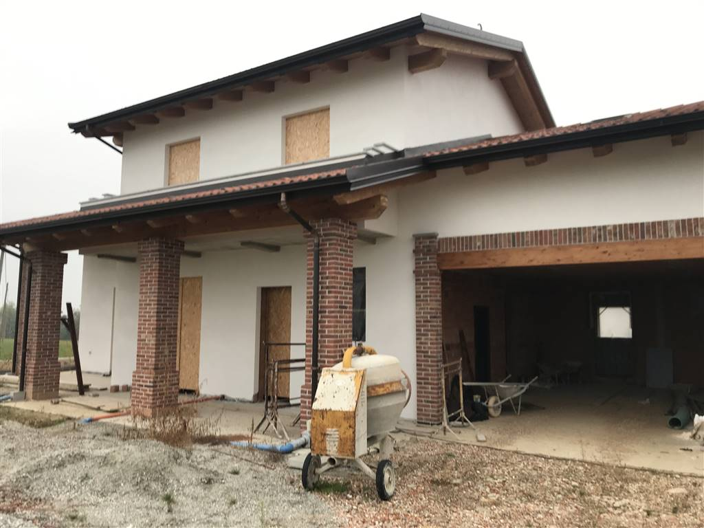 SANTANNA AVAGNINA, MONDOVI', Villa for sale of 138 Sq. mt., New construction, Energetic class: C, placed at Ground, composed by: 7 Rooms, Separate