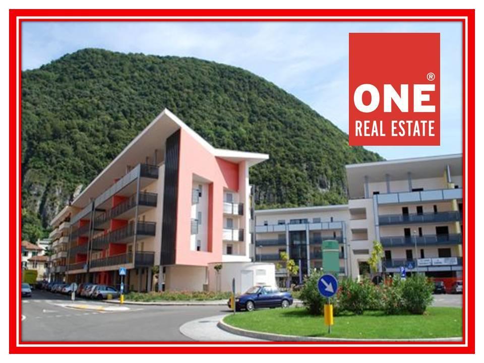 Ufficio / Studio in vendita a Laveno-Mombello, 3 locali, prezzo € 131.000 | PortaleAgenzieImmobiliari.it