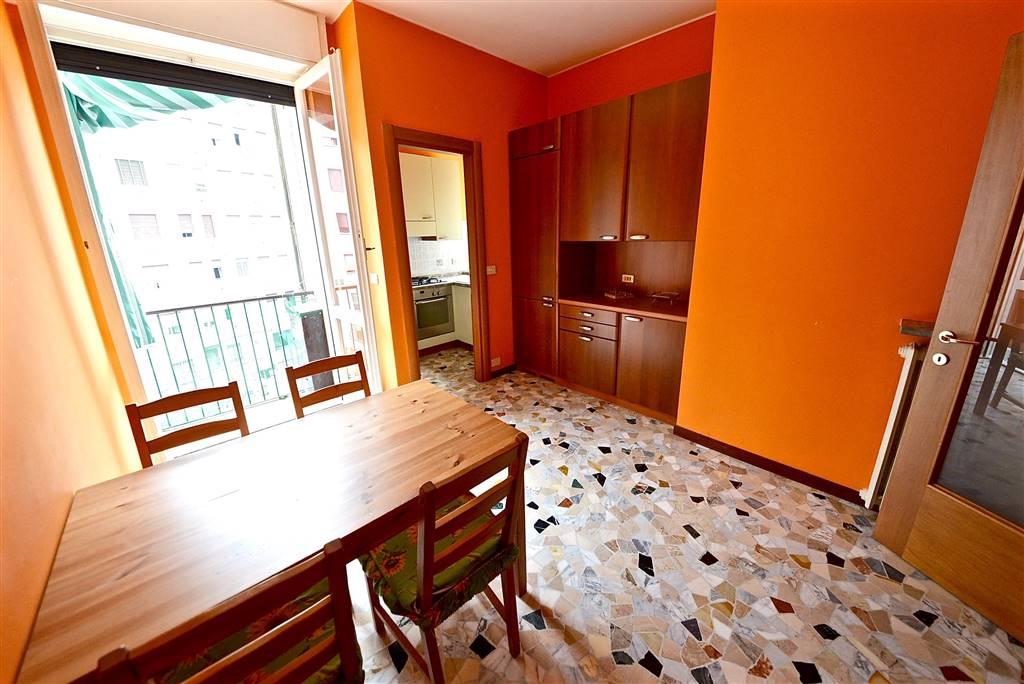 Trilocale in Via Grosseto 5, Certosa, Quarto Oggiaro, Villa Pizzone, Milano