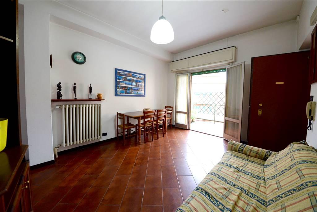 Trilocale in Via Sercognani 9, Certosa, Quarto Oggiaro, Villa Pizzone, Milano