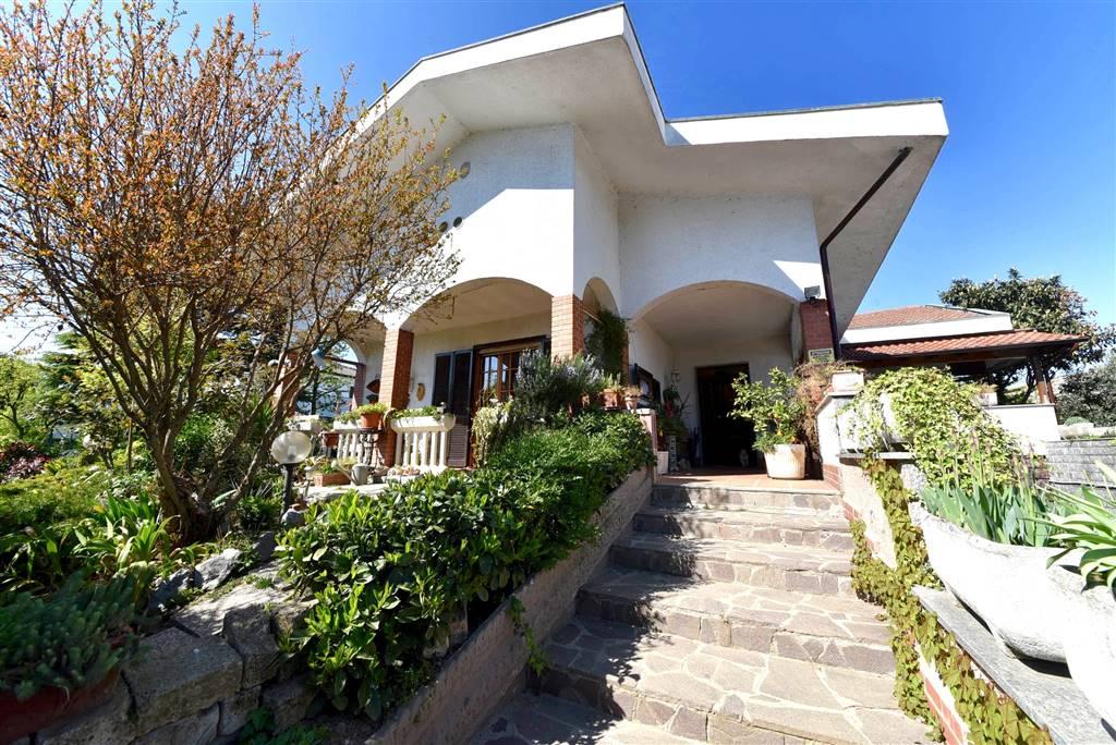 Villa au SAN GIULIANO MILANESE 500 Mq | 5 Locals - Garage | Jardin 500 Mq