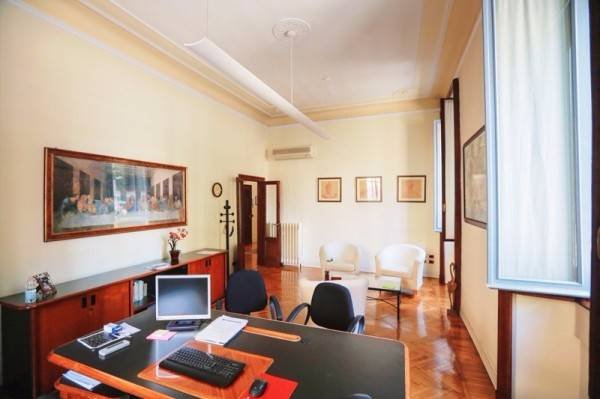 Office in MILANO 145 Sq. mt. | 4 Rooms | Garden 0 Sq. mt.