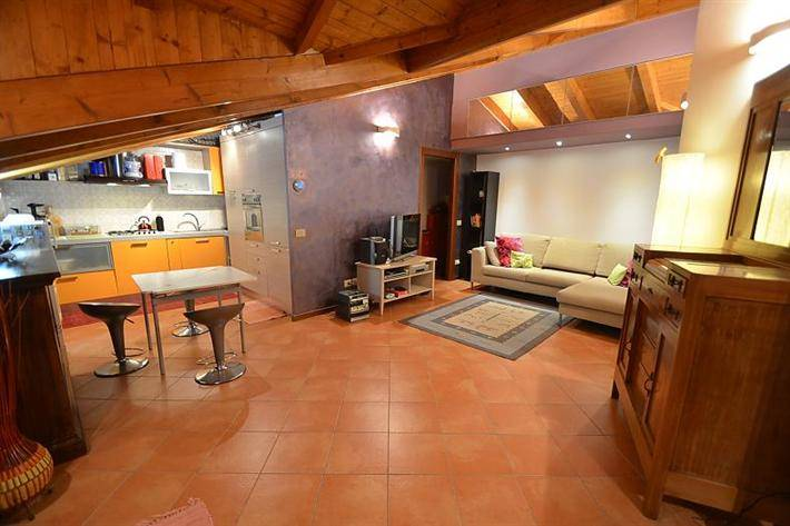Appartamento a MILANO 65 Mq | 3 Vani | Giardino 0 Mq