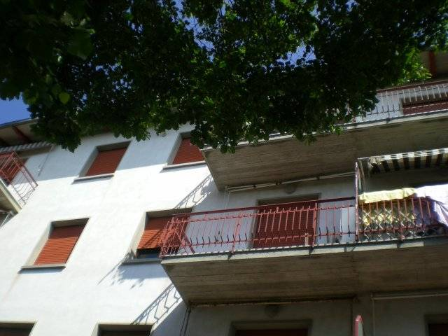 Appartamento in vendita a Grizzana Morandi, 4 locali, zona Località: CENTRO, prezzo € 60.000 | CambioCasa.it