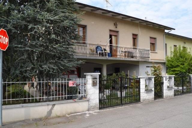 Villa in vendita a Grizzana Morandi, 5 locali, zona Zona: Pian di Setta, prezzo € 298.000 | CambioCasa.it