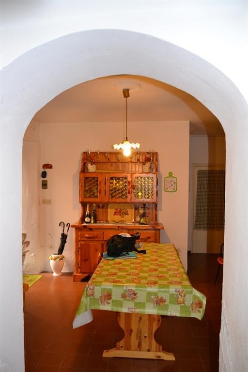 Appartamento in vendita a Castiglione dei Pepoli, 4 locali, zona Località: CENTRO, prezzo € 40.000   PortaleAgenzieImmobiliari.it