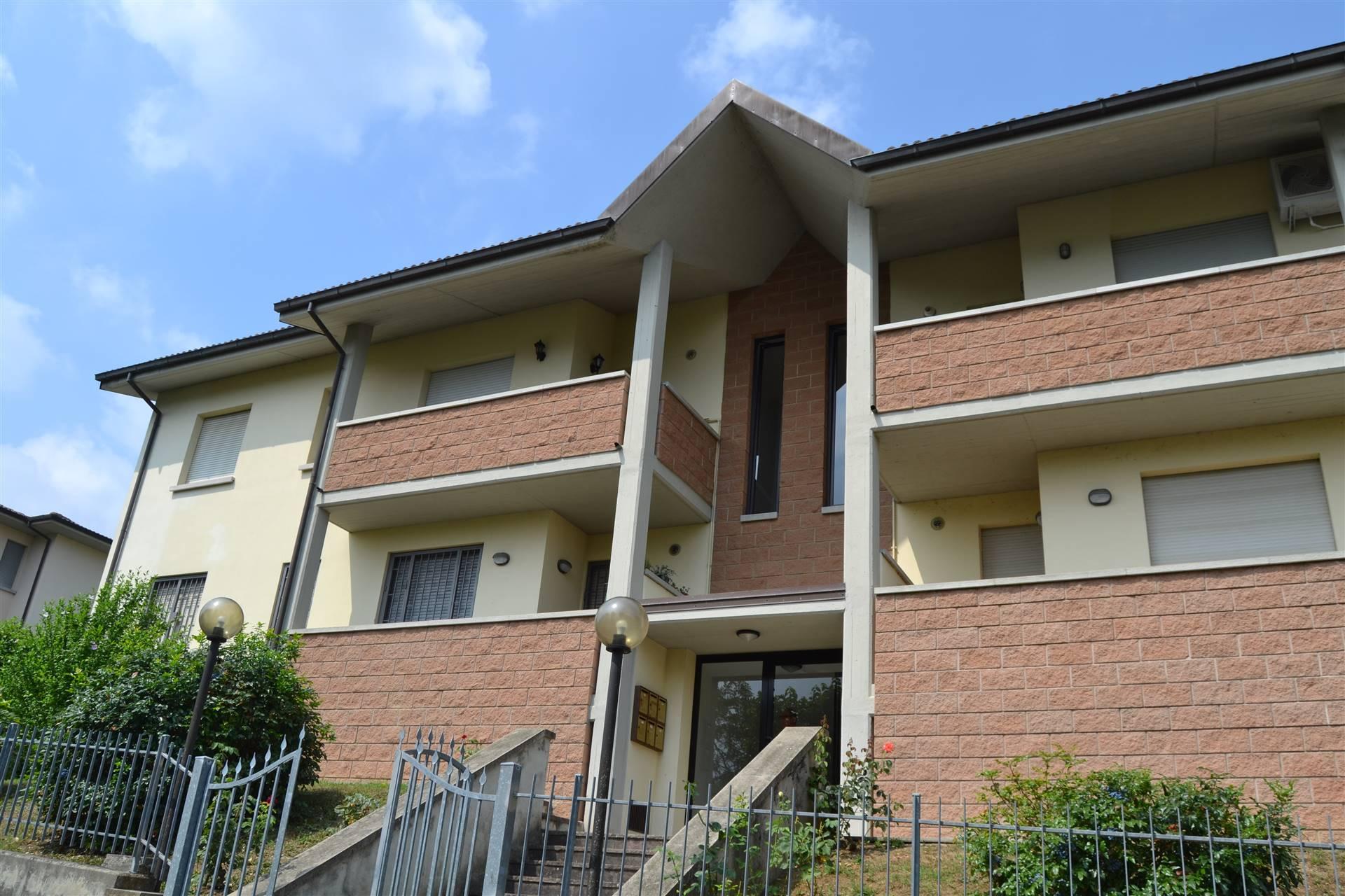 Appartamento in vendita a Grizzana Morandi, 6 locali, zona Zona: Pian di Setta, prezzo € 135.000 | CambioCasa.it