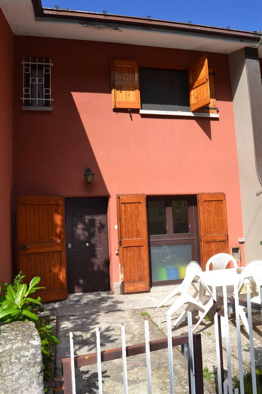 Villa a Schiera in vendita a Grizzana Morandi, 5 locali, prezzo € 100.000 | CambioCasa.it