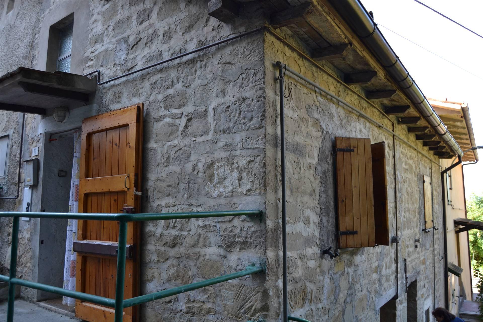 Soluzione Indipendente in vendita a Grizzana Morandi, 4 locali, zona Zona: Stanco, prezzo € 20.000 | CambioCasa.it