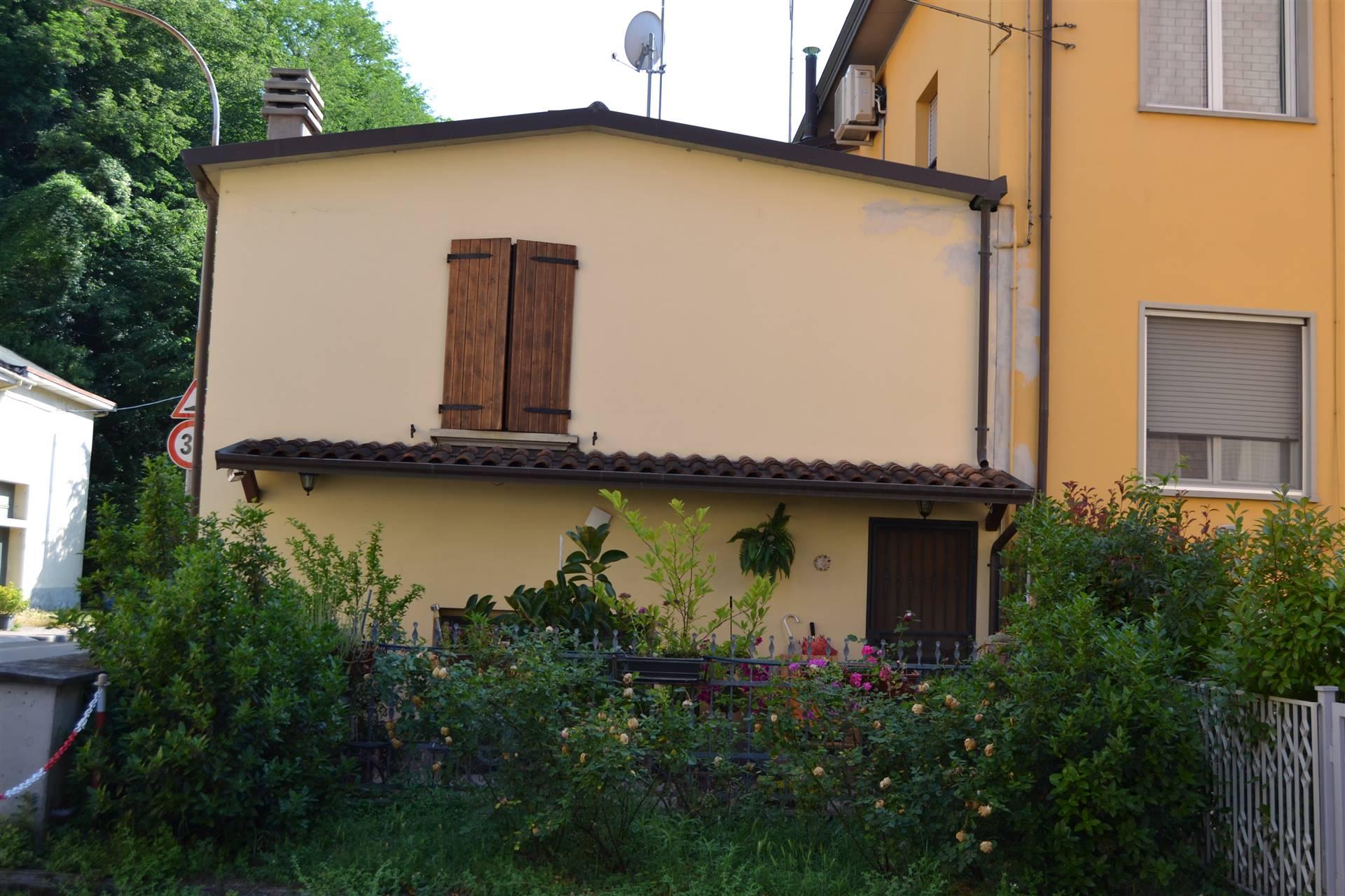Appartamento in vendita a Monzuno, 10 locali, prezzo € 185.000 | PortaleAgenzieImmobiliari.it