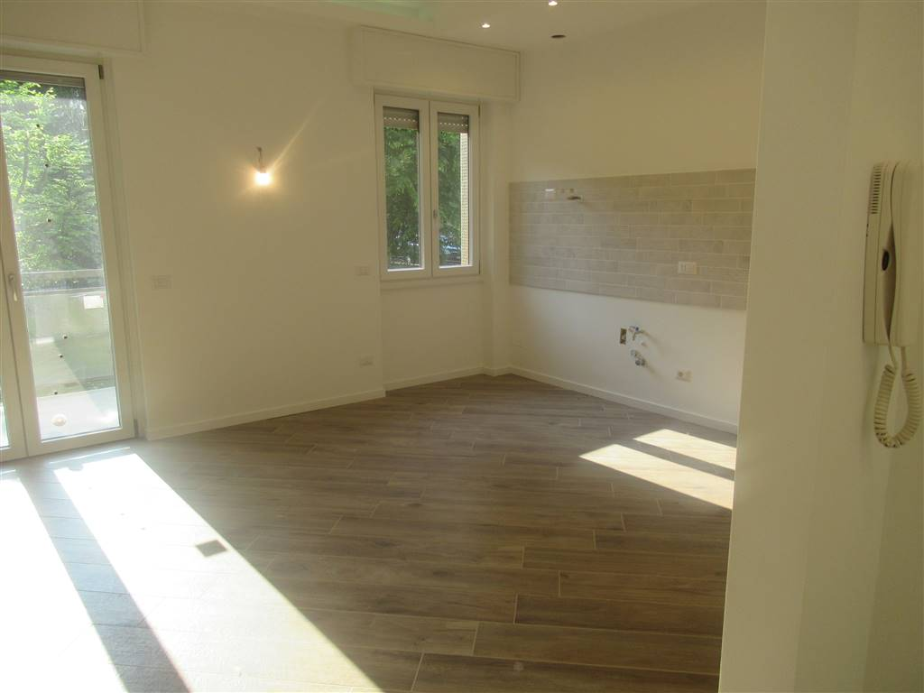 Appartamento in vendita a Vimercate, 3 locali, prezzo € 150.000   CambioCasa.it