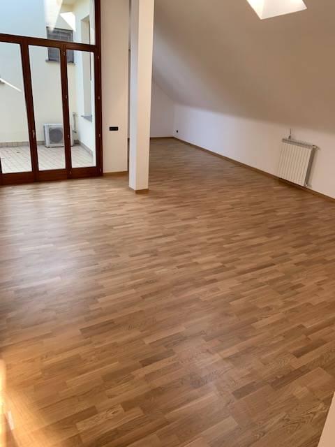 Appartamento in vendita a Triuggio, 3 locali, prezzo € 130.000 | PortaleAgenzieImmobiliari.it