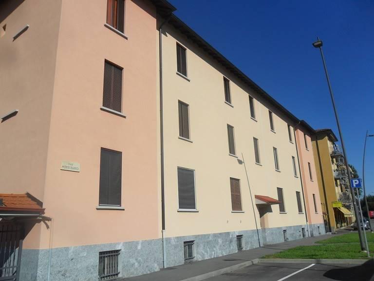 Appartamento in vendita a Arcore, 3 locali, prezzo € 70.000 | CambioCasa.it