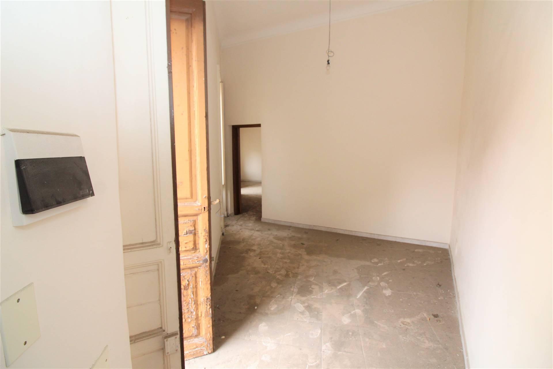 Soluzione Semindipendente in vendita a Lentini, 2 locali, zona Località: CENTRO, prezzo € 35.000 | CambioCasa.it